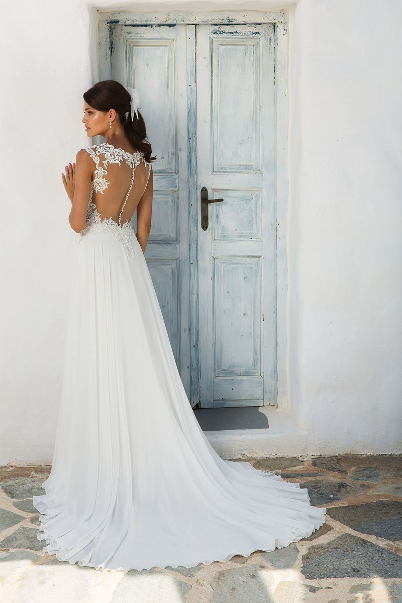 Justin Alexander - Style 8942: Lace and Chiffon A-Line Gown with Illusion Sabrina Neckline