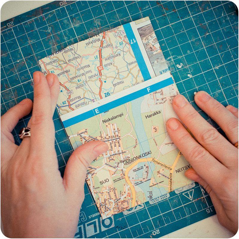 **ИДЕЯ 1- карман. Из старой карты я решила сделать лист с кармашком.****Дневник скрапоголика...: мастер-класс