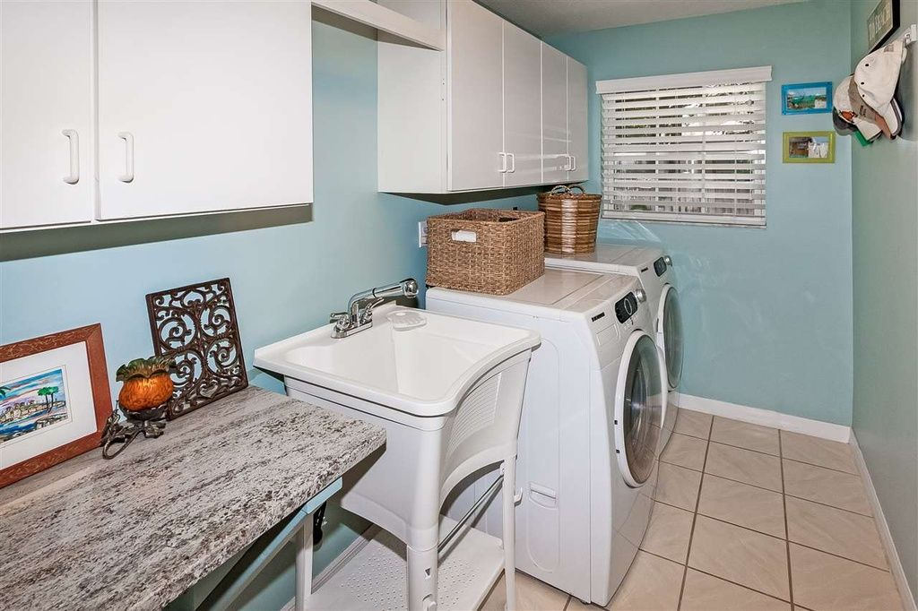 Transitional Laundry Room with Farmhouse sink, AllinOne