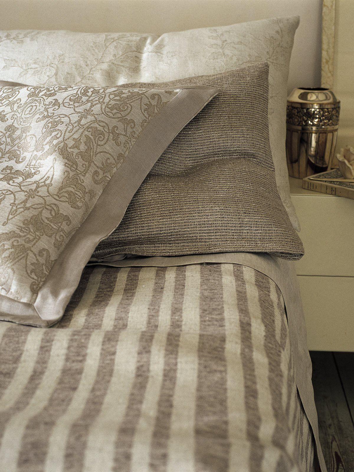 edle bettw sche aus halbleinen von leitner linenproject frankfurt am main. Black Bedroom Furniture Sets. Home Design Ideas