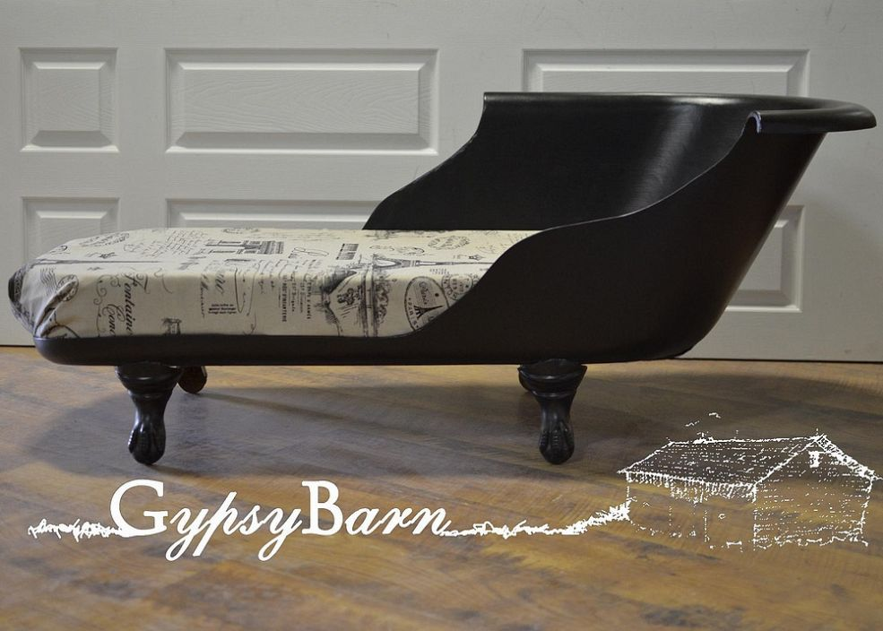 Clawfoot Tub To Chaise Lounge With Images Clawfoot Tub Chaise Lounge Furniture