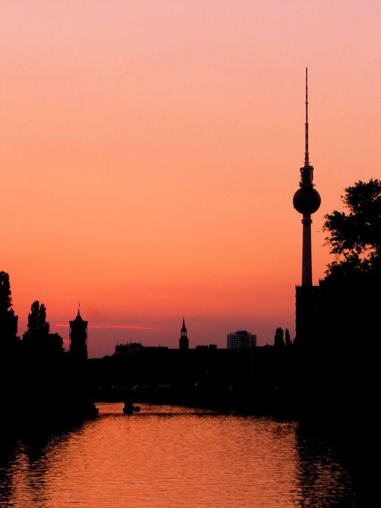 River Spree Sunset Berlin Germany Berlin Photography Berlin Travel Berlin Germany