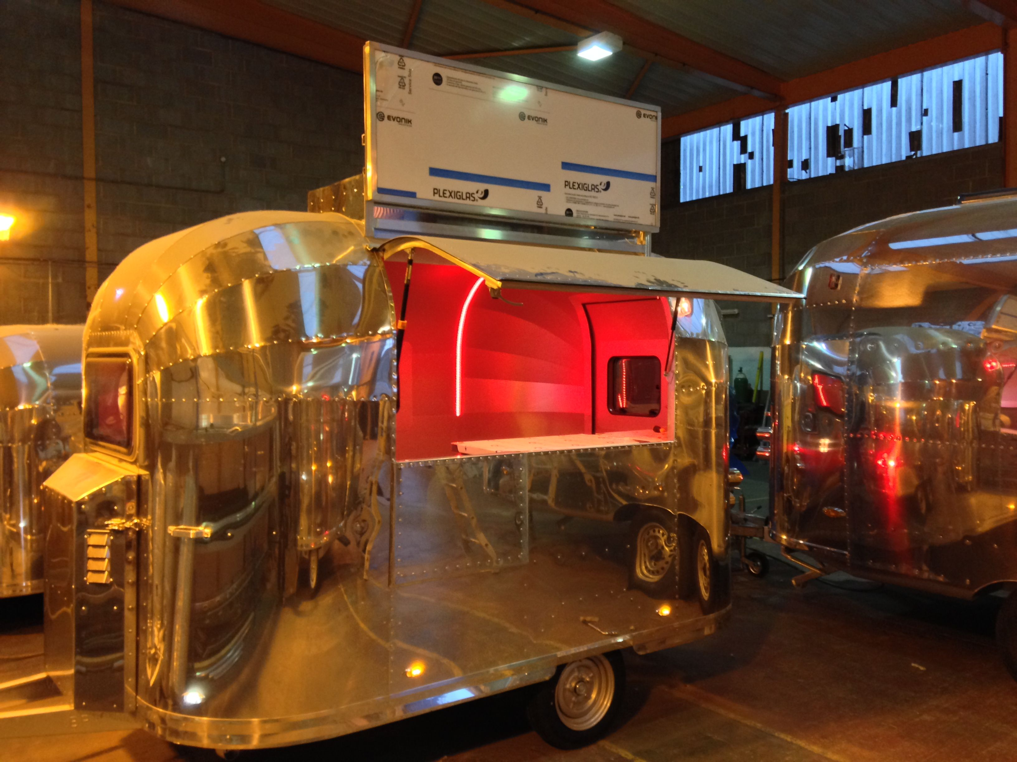 Brand New Little Retro Kitchen 2014 Built By Www Retro Rocket Hand Built In The U K Vintage Campers Trailers Catering Trailer Food Trailer