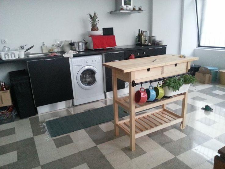 19 Cool IKEA FÖRHÖJA Cart Designs : Wooden IKEA Forhoja Cart With Black Kitchen  Island Design