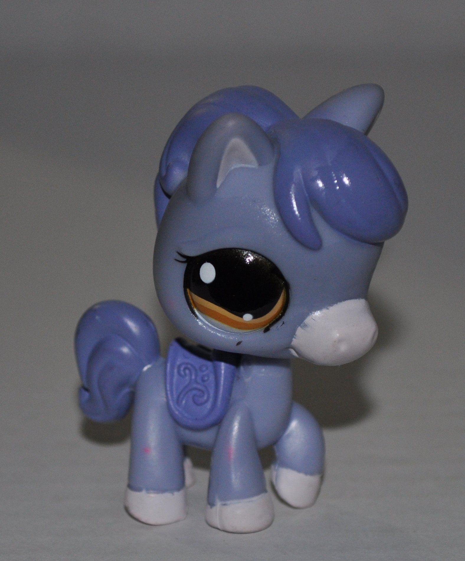 Amazon Com Horse 1114 Blue Saddle Orange Eyes Littlest Pet