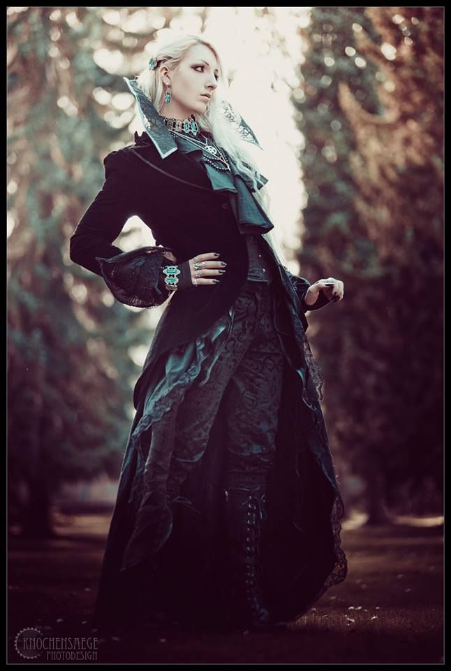 Pin By Elin Lindfors On People Gothic Models Goth Goth Boy