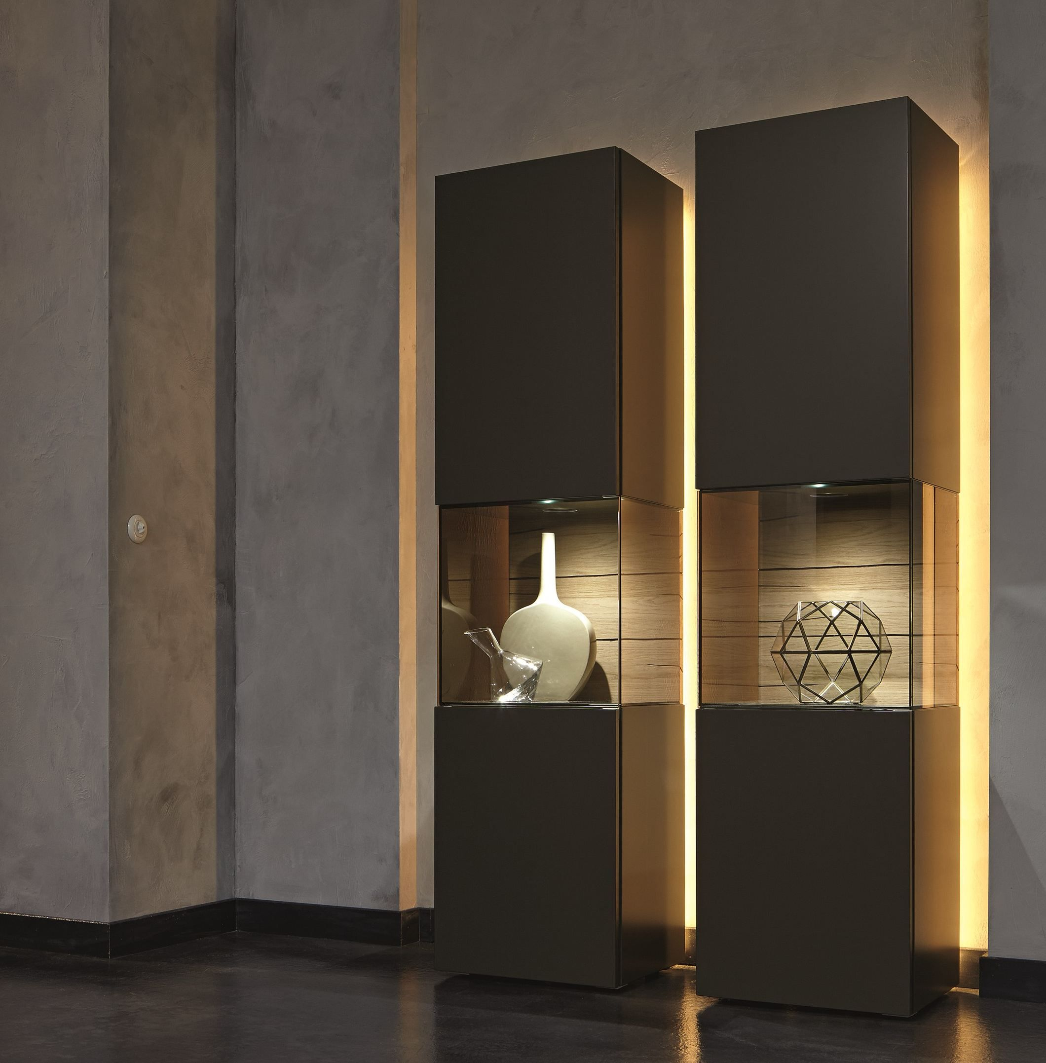 better than full wall display units gentis display cabinet by h lsta werke h ls www. Black Bedroom Furniture Sets. Home Design Ideas