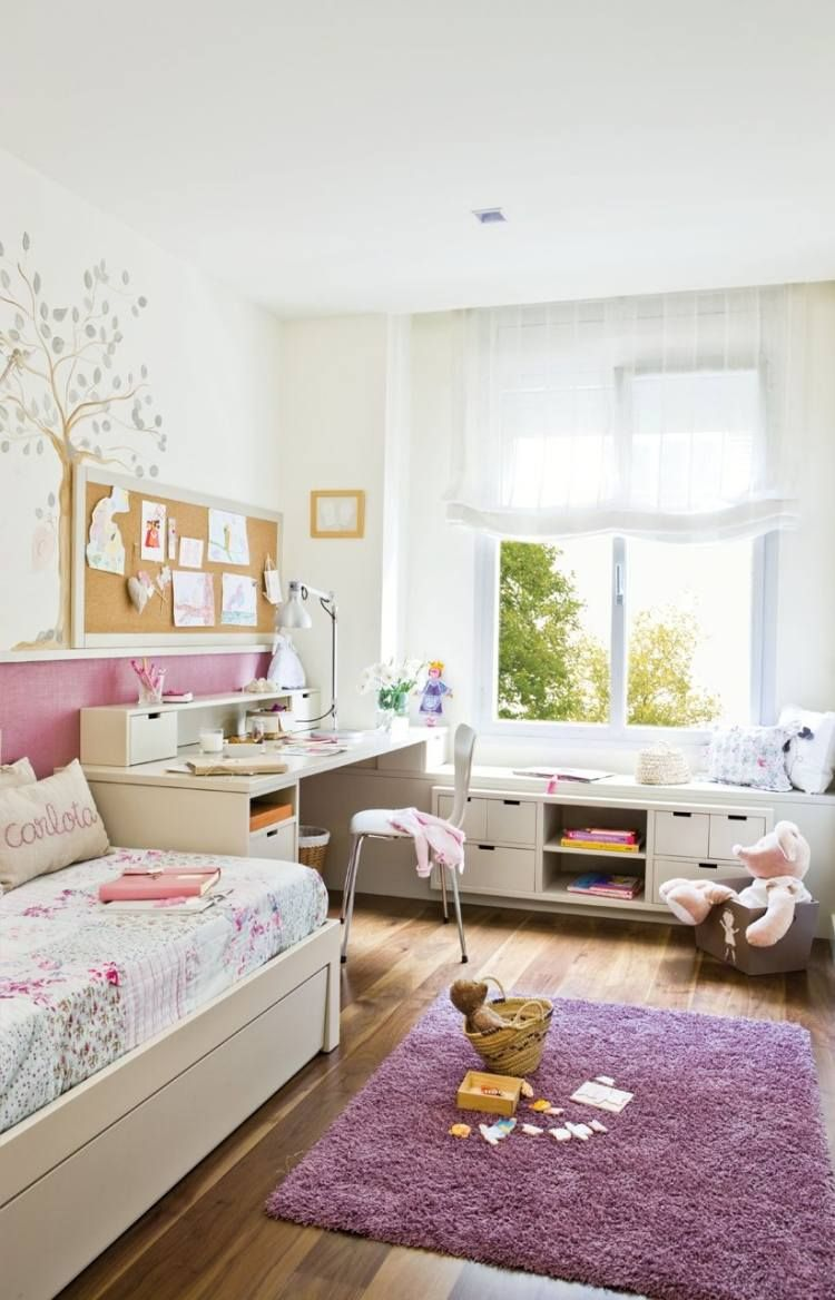 m dchenzimmer einrichtung laminatboden und lila shaggy. Black Bedroom Furniture Sets. Home Design Ideas