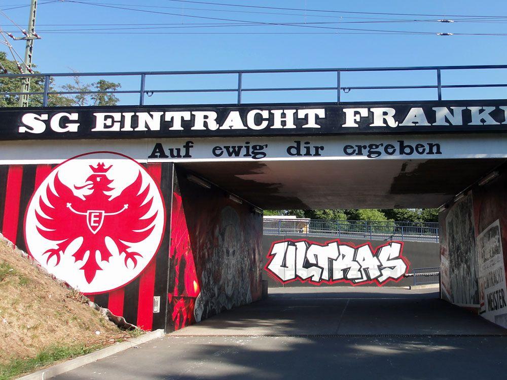 Great Erkunde Eintracht Frankfurt Attila und noch mehr