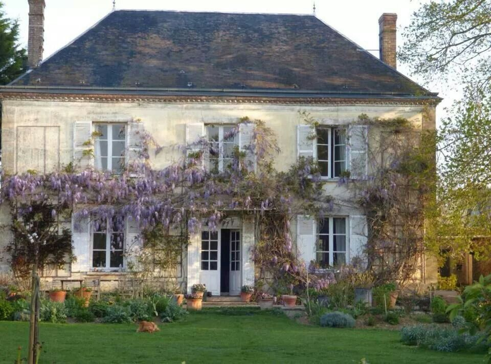 French Exterior: Share