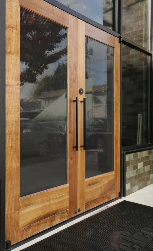 Custom Storefront And Entryway Systems Versatile Wood Products Storefront Doors Interior Door With Window Storefront Design