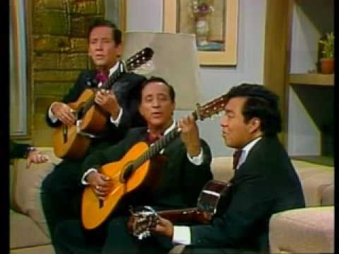 Los Panchos Si Tu Me Dices Ven Lodo Spanish Music Latin Music Music Songs