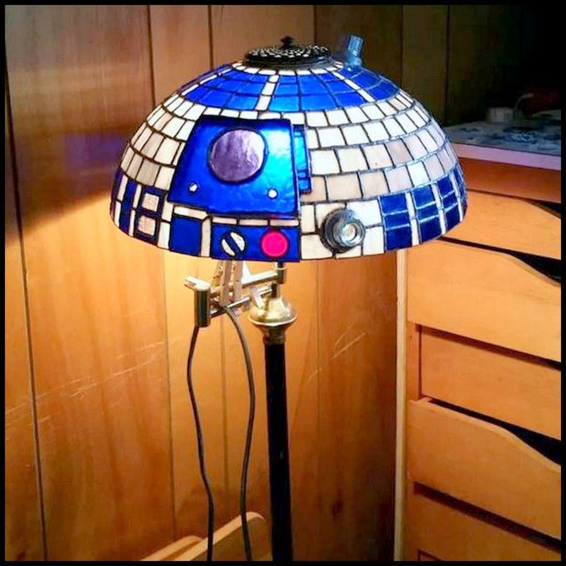 Dollar Store Crafter Diy Stained Glass R2d2 Lamp Shade Tiffany Style Lamp Shades Tiffany Style Lamp Star Wars R2d2