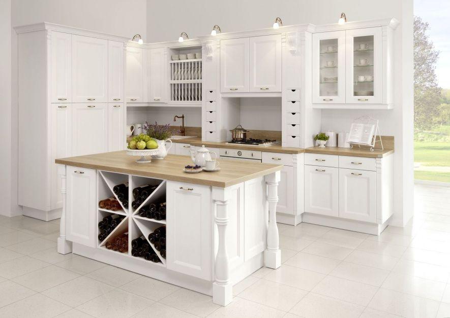Bardzo Zdobna Kuchnia W 10 Pomyslow Na Kuchnie W Stylu Klasycznym White Kitchen Remodeling Kitchen Design Small Kitchen Design
