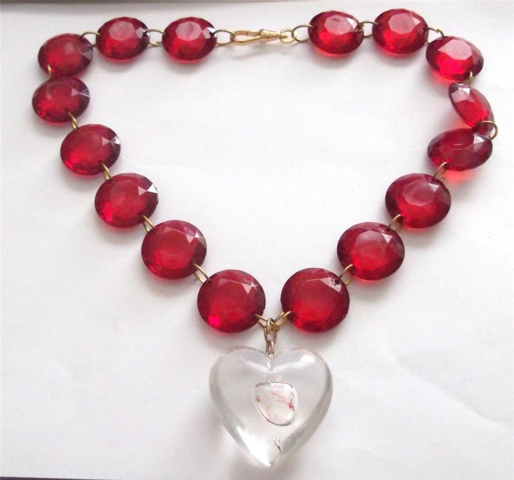 HANDMADE VINTAGE RED LUCITE CHUNKY BEADED LOVE HEART STATEMENT NECKLACE