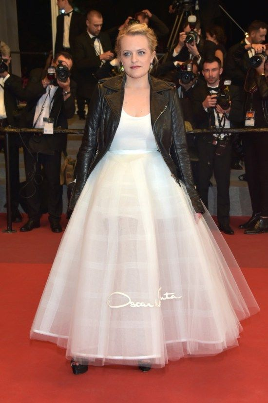 Cannes 2017: Elisabeth Moss Knows What to Do With a Wedding Gown ...