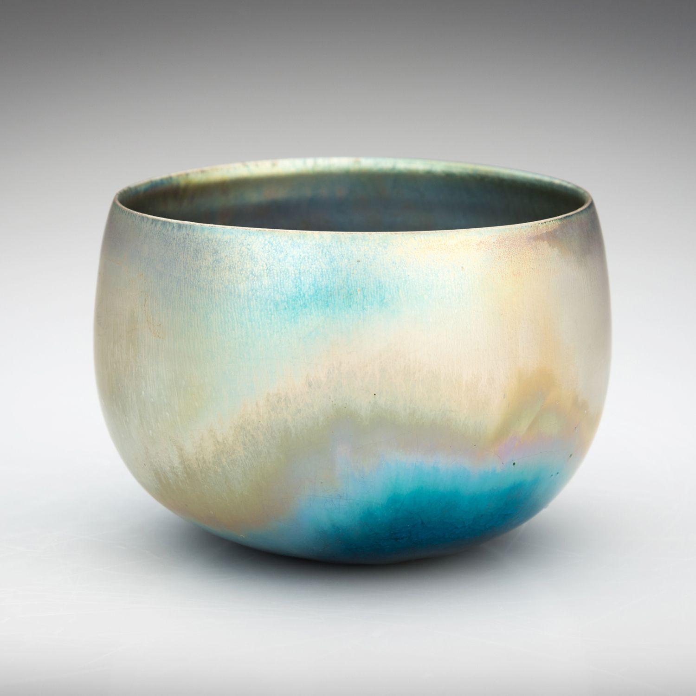 Tiffany Studios A Favrile Glass Gooseneck Vase Inspired By Lot 73119 Heritage Auctions Vase Glass Art Tiffany Art