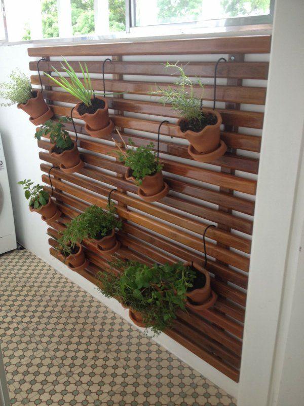Durch Holzpaneele Einen Vertikalen Garten Fur Ihr Zuhause Erschaffen