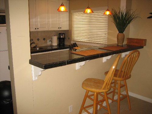 The Benefits Of Kitchen Bar Tables : Small Kitchen Bar Ideas