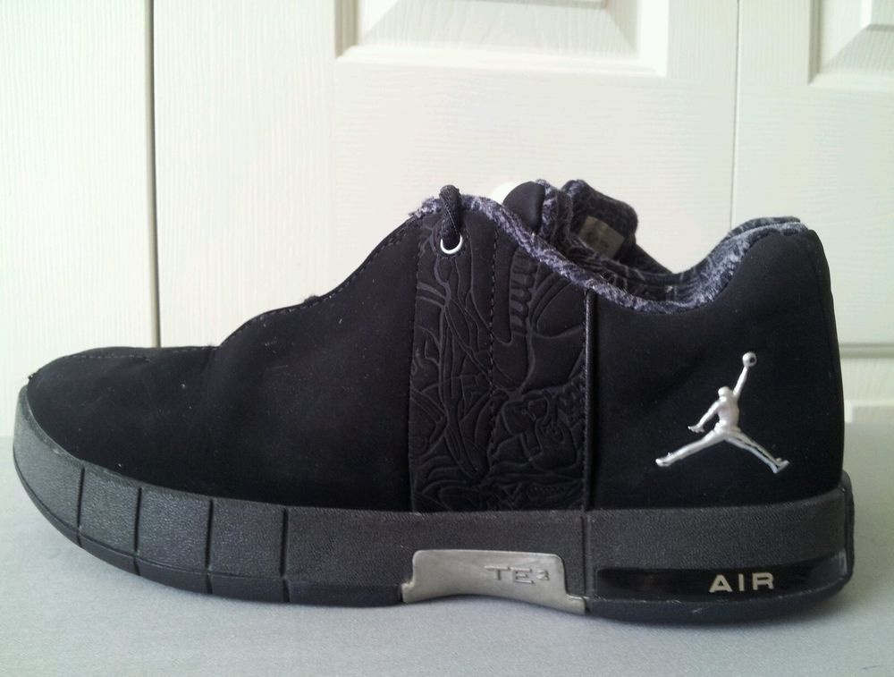sports shoes e3b9a 32002 Boys 5.5 black and grey Jordan TE2 air, Jordans #Jordan ...