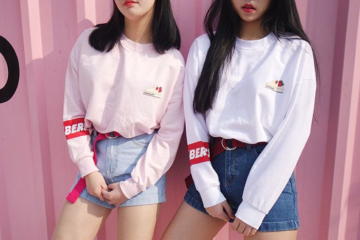 #mixxmix 99bunnyStrawberry Cake Print Sweatshirt (BVYH) - Give your look a sweet…