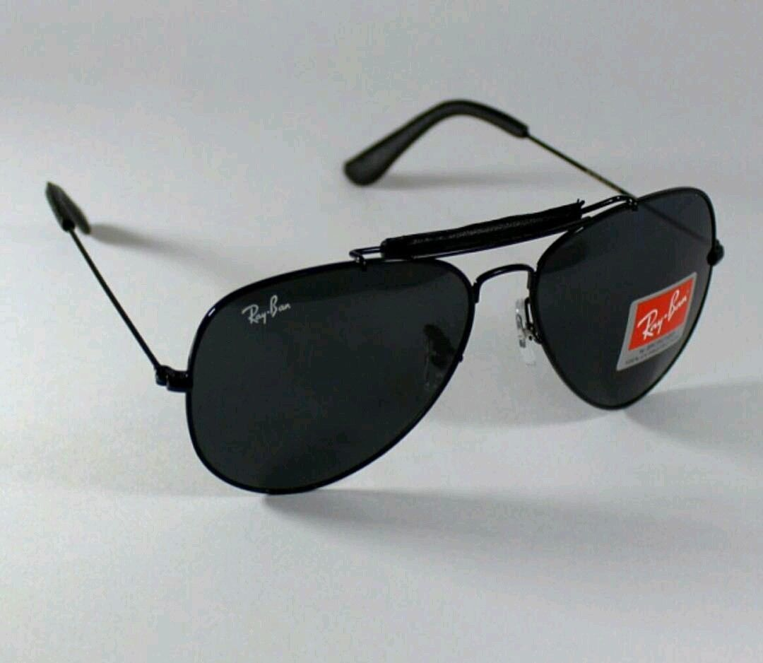 f8590e2bb346b Ray-Ban Aviator Sunglasses Black Color Men s women