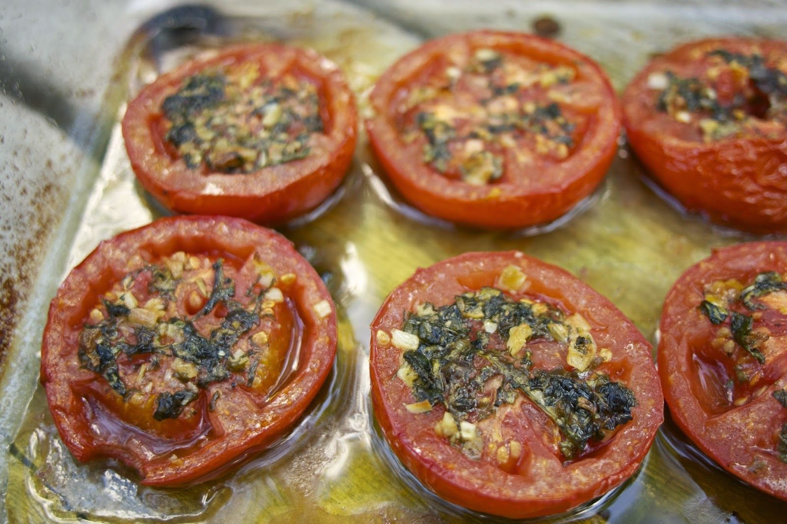 Roasted Tomatoes: Tomatoes Provencal: simplelivingeating.com