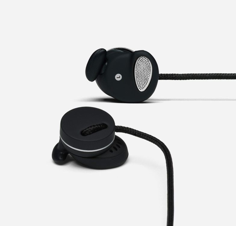 Black Medis Headset by Urbanears. Based around the classic earphone design, the Urbanears Medis is all about combining portable audio with quality performance whilst being comfortable to wear. With Urbanear's EarClick design for a secure fit, these earphones are perfect for an on-the-go audiophiles. http://www.zocko.com/z/JG0kJ