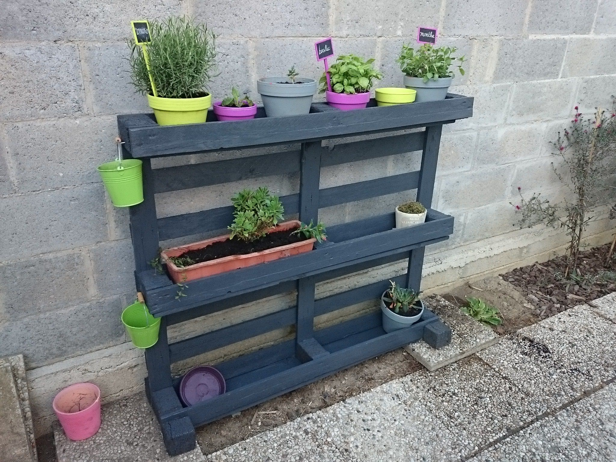 Tag Re Pots De Fleurs Pallet Planter Shelf 1001 Pallets