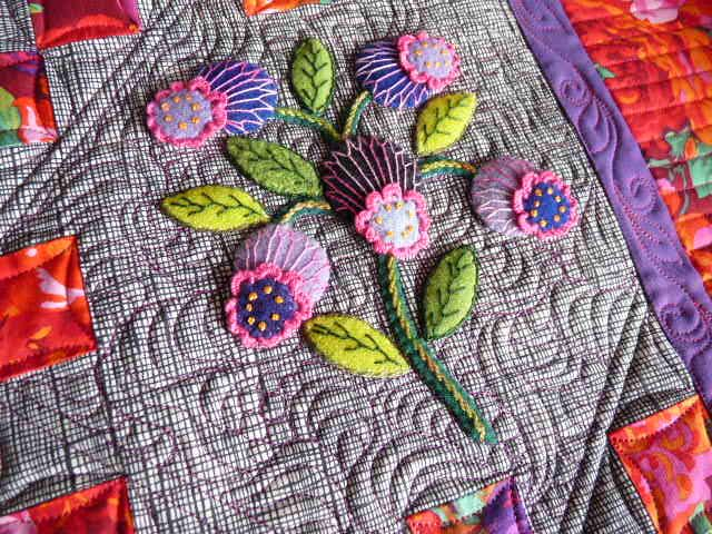 Sewing & Quilt Gallery: Wonderful Wool Applique Quilt   Appliqué ... : appliqued quilts - Adamdwight.com
