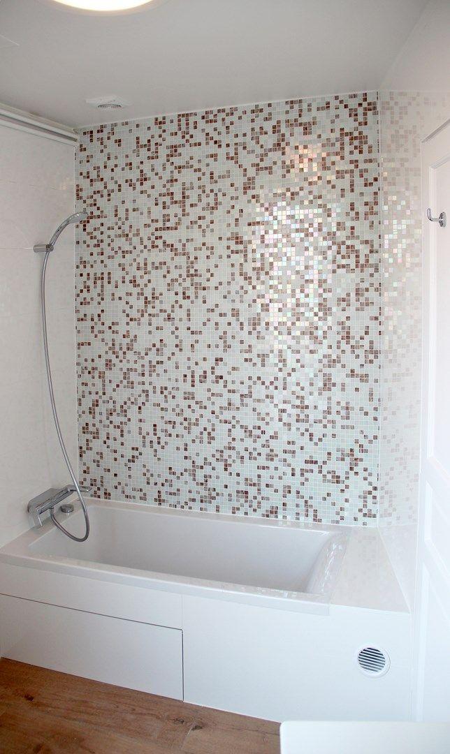 appartement familiale salle de bain mosaique baignoire ideal ...