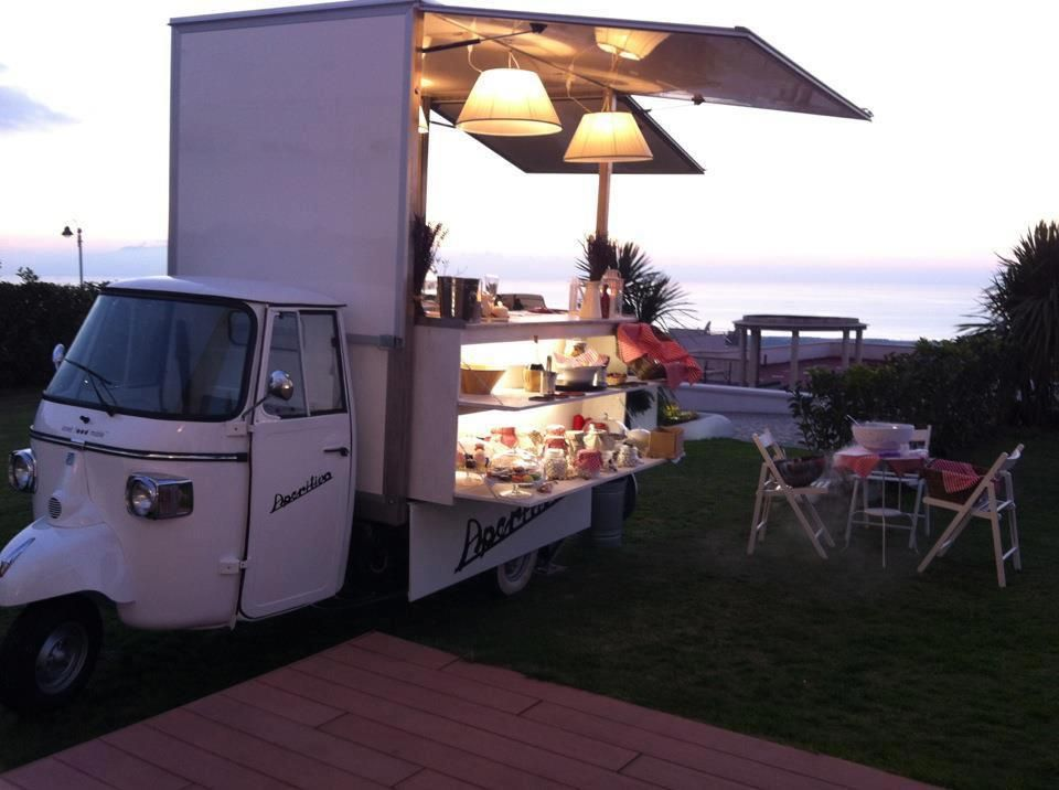 Catering Piaggio Ape Food Cart
