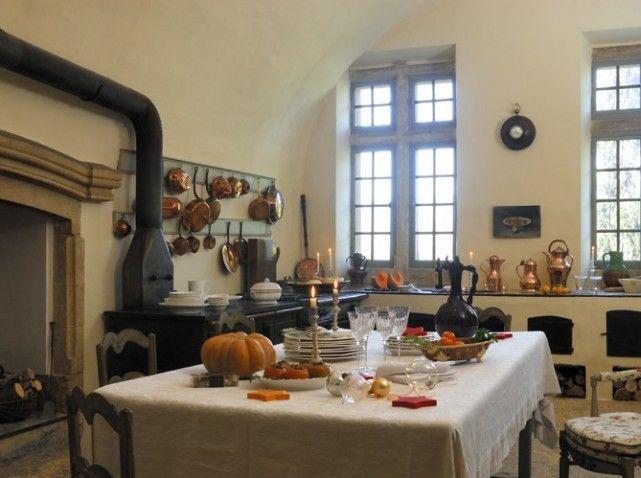 Cuisine de Chateau Ansouis in Provence (maison-deco) la vie - renovation electricite maison ancienne