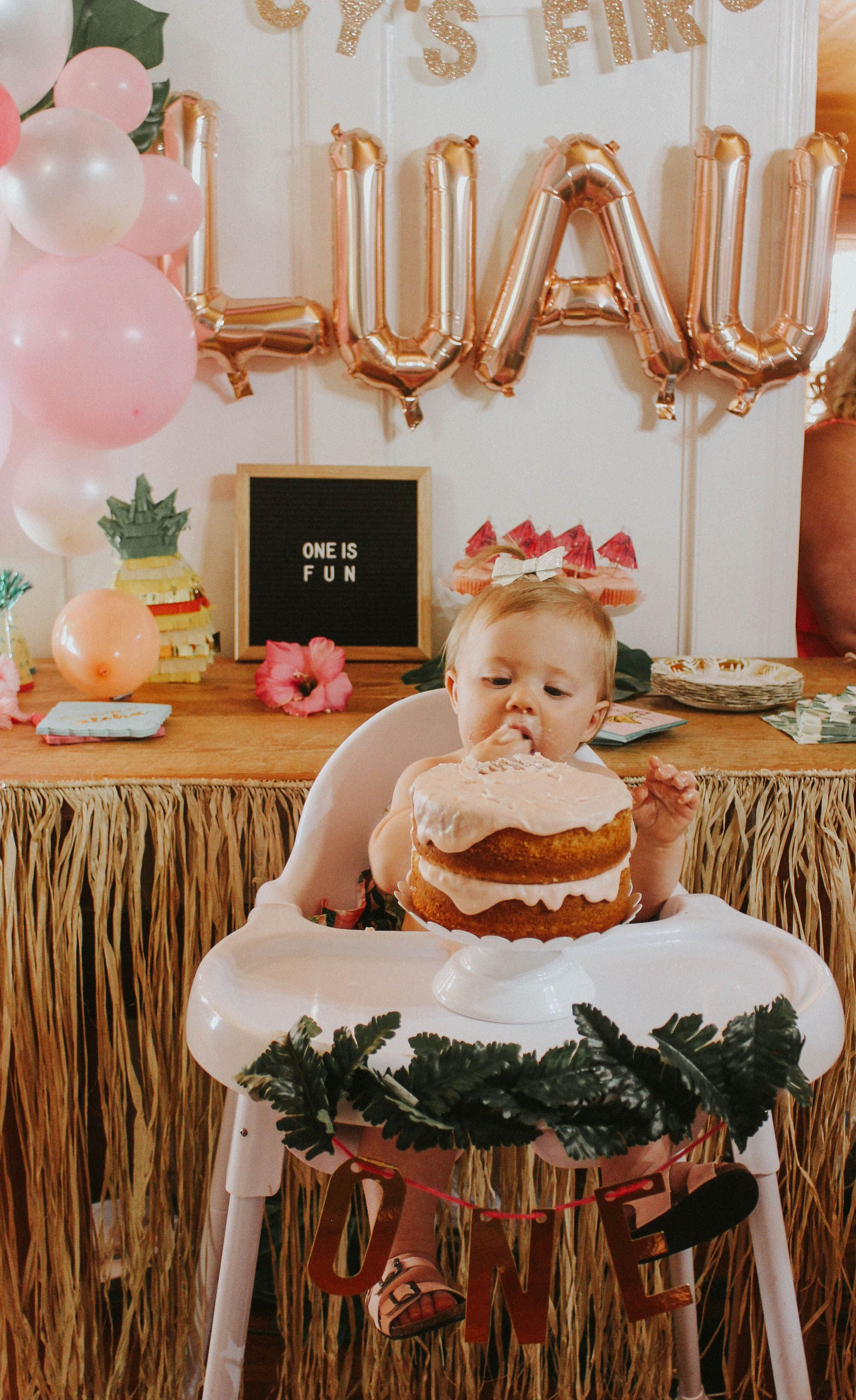 First Birthday Smash Cake Lucy S First Luau Maryssa Albert Blog Luau Birthday Party Luau Birthday Baby Birthday Party Girl