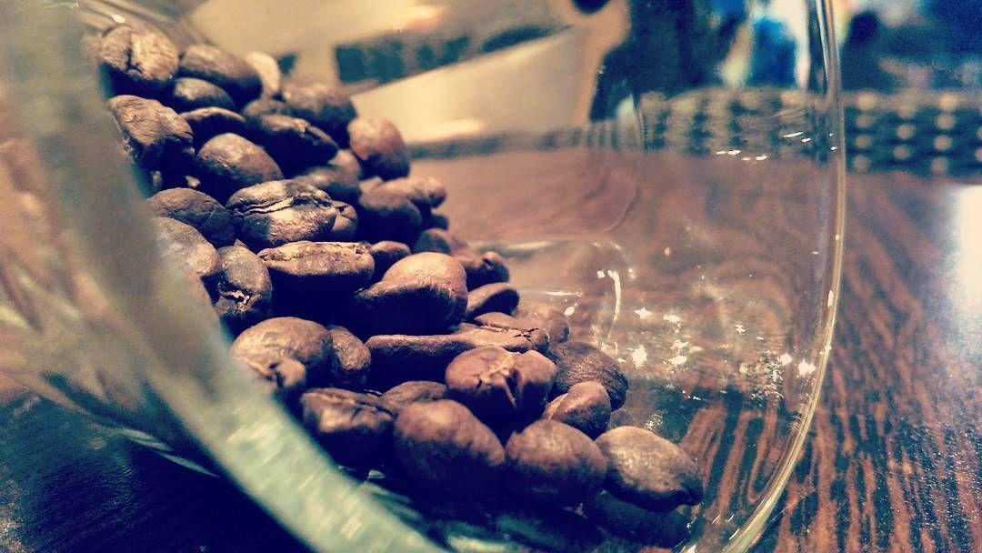 Lampung Arabica. A sample from a humble friend @hasti_jauzaa @hastcoffee. It's getting better. Lampung won't be always Robusta. Keep doing it as far as you can.  #kopi #coffee #fotokopi #coffeegram  #coffeegraphy  #coffeetime #coffeeart #kedaikopi #warungkopi #cafe #coffeeshop #pecandukopi #penikmatkopi #coffeeaddict #coffeeholic #singleorigin #manualbrewing #aeropress #thirdwave #dukungkedaikopilokal #kopiindonesia #kopilampung #coffeepastebdl  #ngopigeh  #KPKLampung http://ift.tt/1Vbg53z
