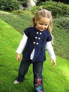 knit sweater (pattern) updated link: http://anadiomenadesigns.blogspot.co.uk/2010/11/sea-princess.html?m=1