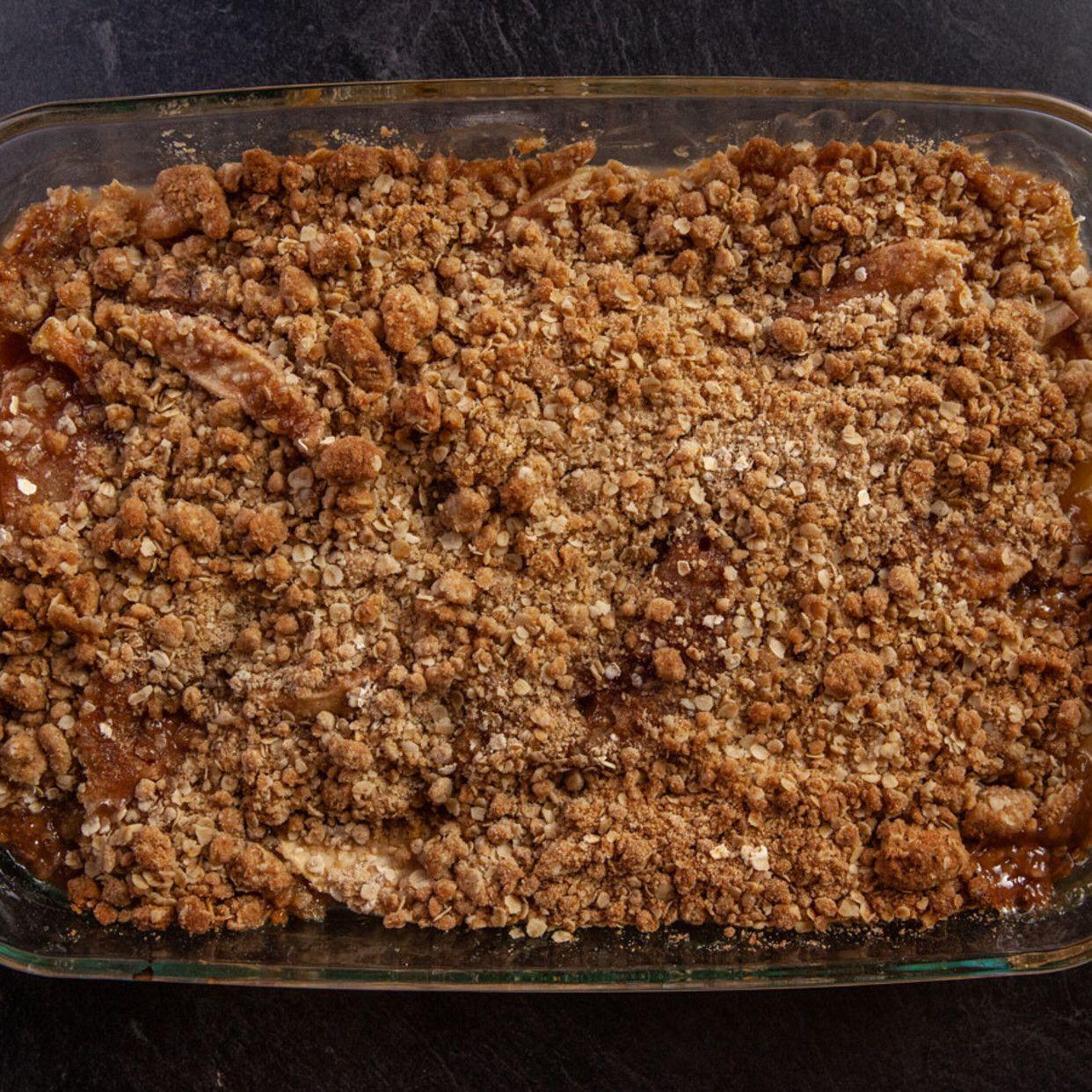 Apple Crisp   Recipe in 2020   Apple crisp. Apple crisp dessert. Apple crisp recipe pioneer woman