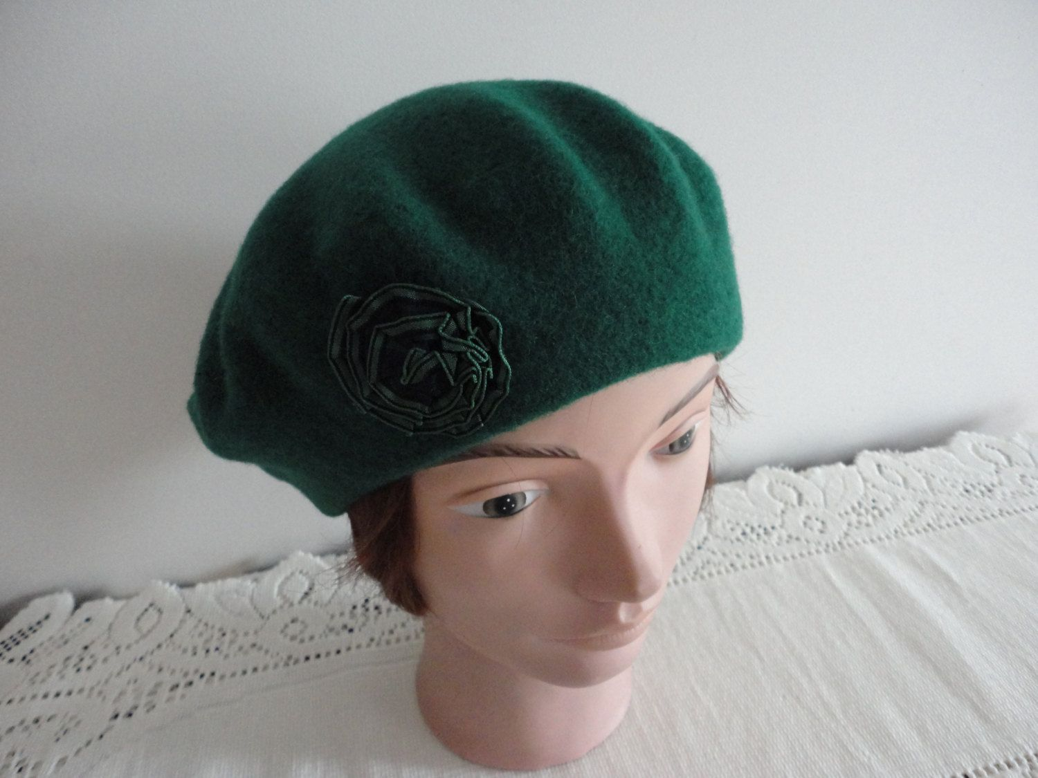 Green wool beret women hat large Beatnik Look! by LoukiesWorld on Etsy be8a5bf391e8