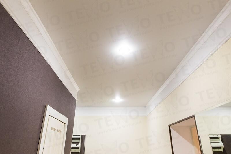 Какие светильники можно устанавливать в натяжной потолок — виды и ... | 533x800