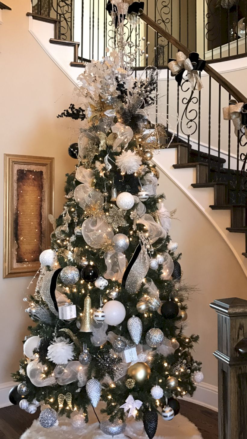 45 Awesome Silver And White Christmas Tree Decorating Ideas Matchness Com Black Christmas Decorations White Christmas Tree Decorations Gold Christmas Decorations