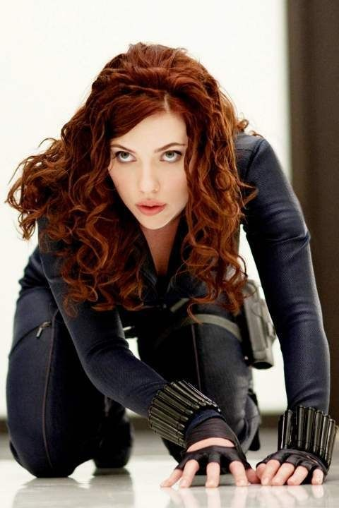 Scarlett johansson black widow hair