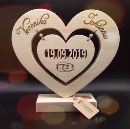 Pinterest Holzherzen Zur Hochzeit Google Suche In 2020 Originelle Hochzeitsgeschenke Hochzeitsgeschenke Holz Geschenke Aus Holz