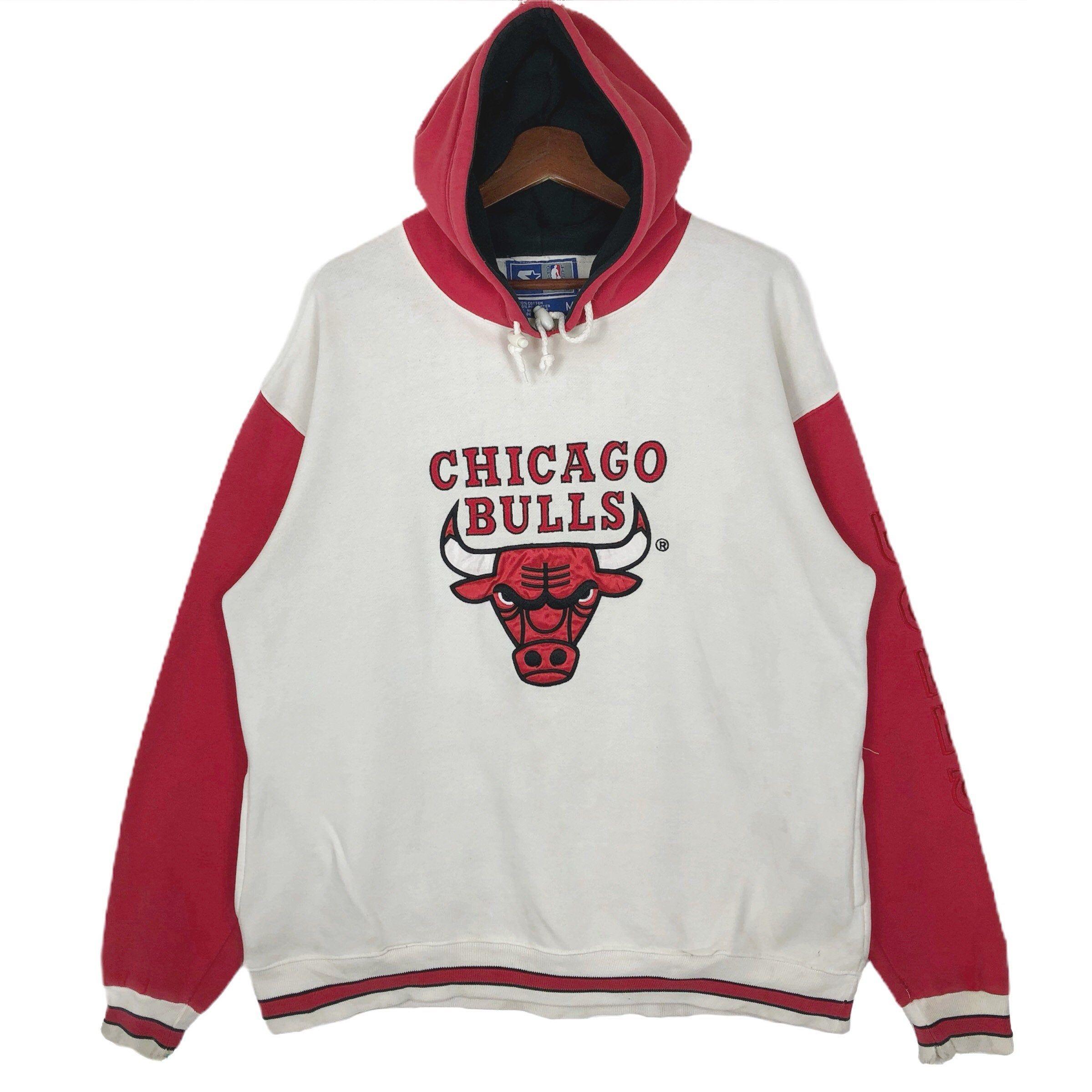 Vintage Nba Chicago Bulls Hoodie By Starter Chicago Bulls Big Logo Embroidery Hoodie Sweatshirt Chicago Bulls Hoodie Sweatshirts Hoodie Vintage Nike Sweatshirt [ 2399 x 2399 Pixel ]