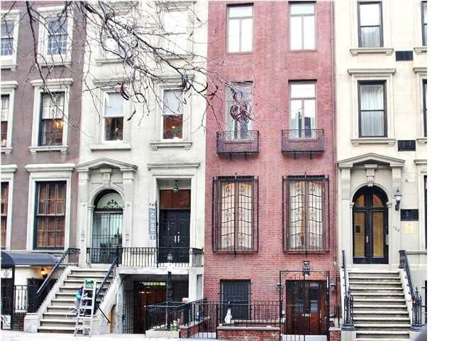 121 E 38th Street townhouse in Murray Hill ...