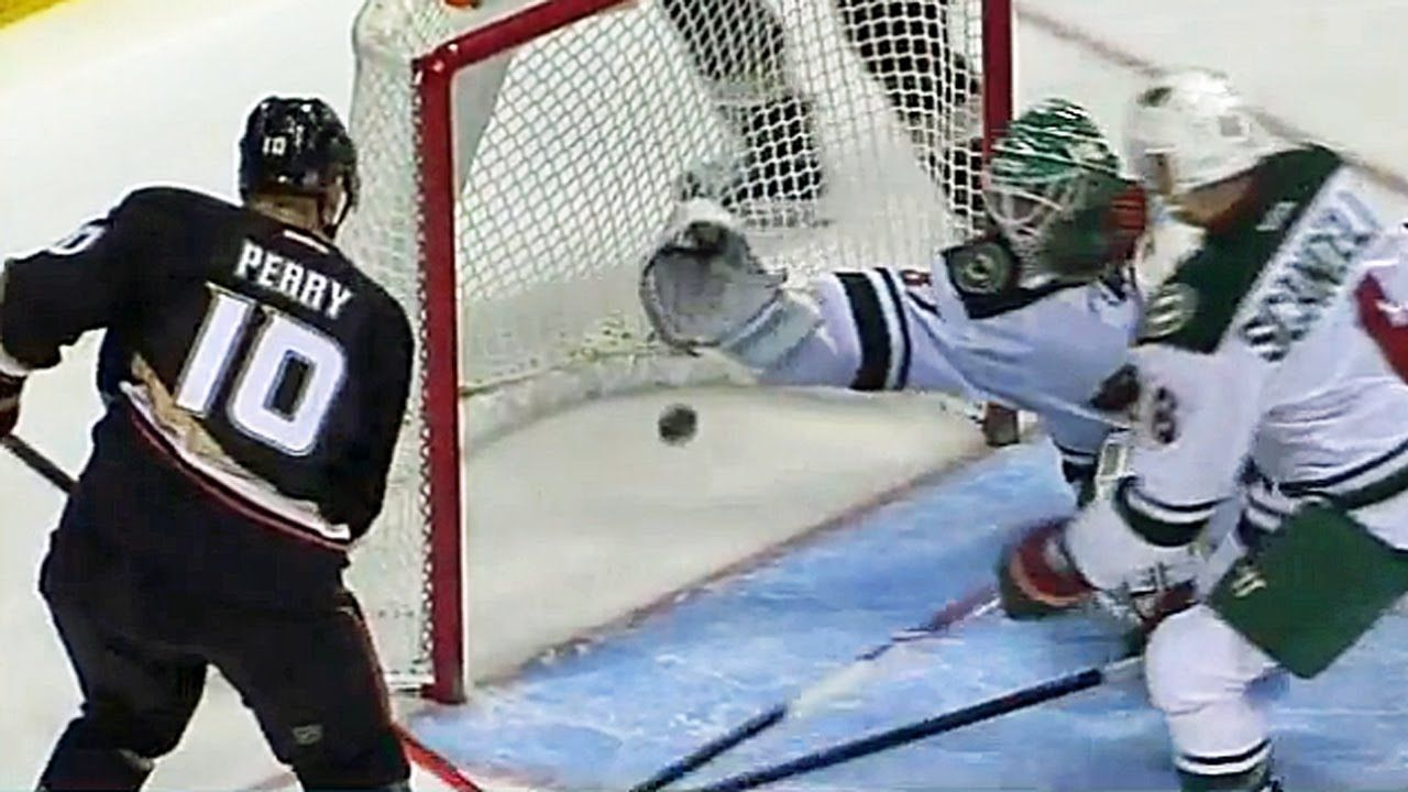Josh Harding lunges to rob Corey Perry. Not the hardest shot, but still nicely done.   #hockey #nhl #coreyperry #goalie #save