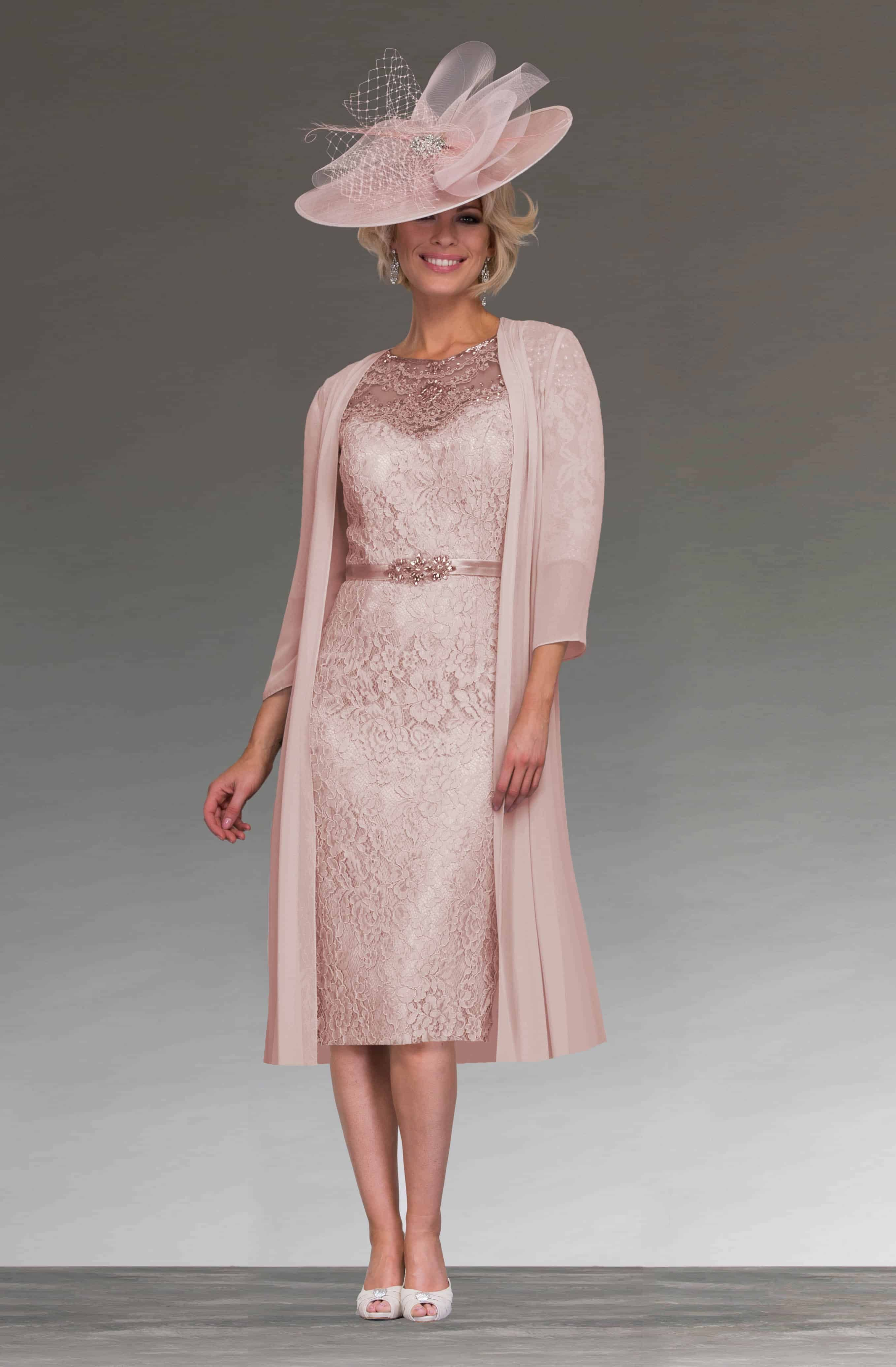 Short fitted lace dress with sleeves 008783 lace detail shorts 991216 damson short 2 ombrellifo Images