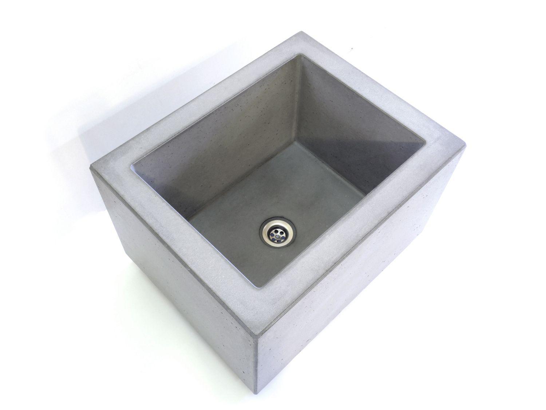 Design Fussbecken aus Beton für Kneippkuren im modernen ...