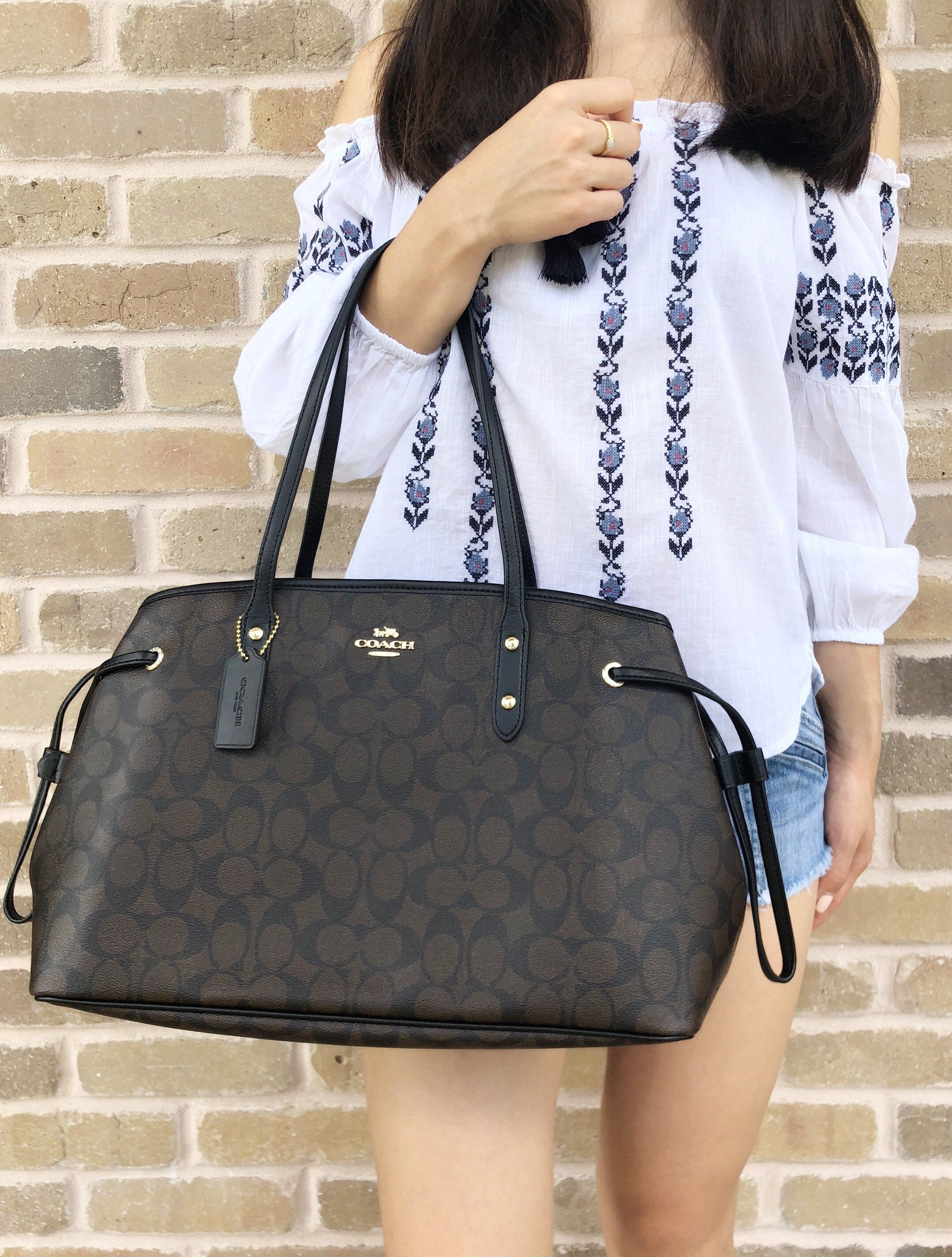 d678d2dd0664 ... greece coach f57842 signature pvc drawstring carryall tote brown black large  handbag amazon topratedseller mercariapp ebay