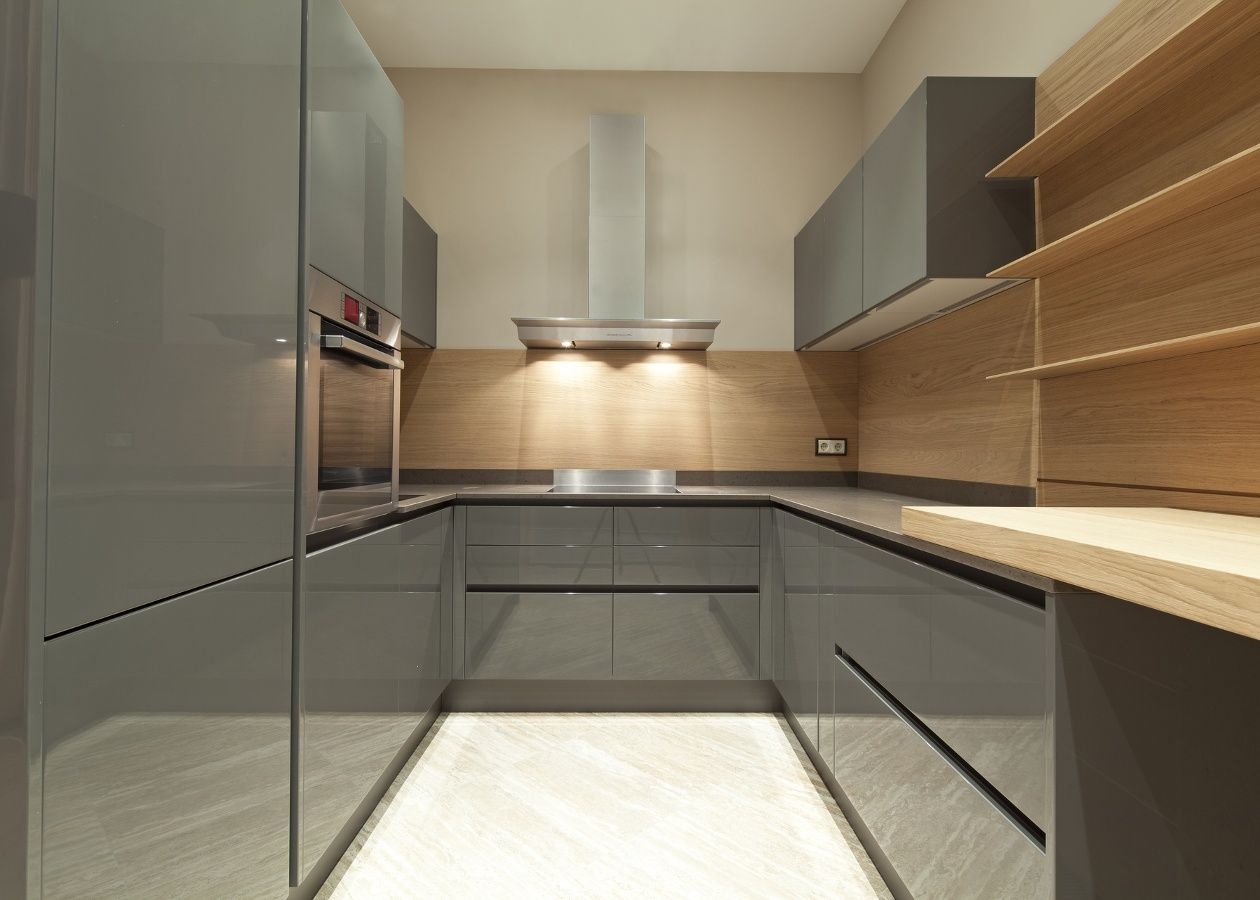 Rehau Rauvisio High Gloss Brilliant & Crystal Kitchen cabinetry ...