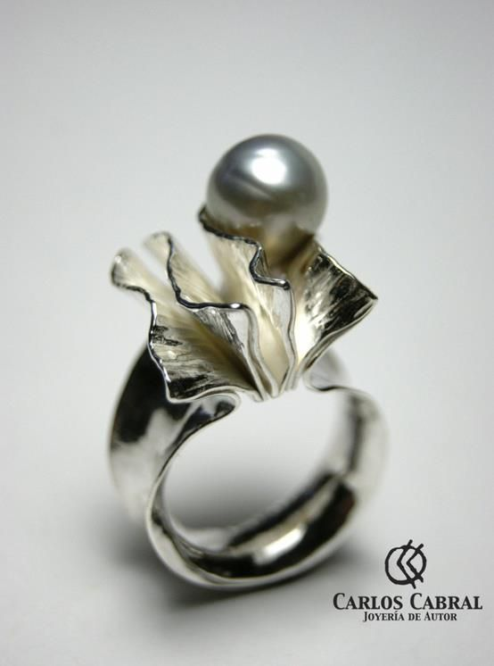 Ring by Carlos Cabral. Sterling silver and pearl